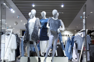 Read more about the article How living Eco-Friendly changes the way you shop